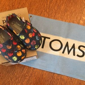 Brand New Tiny TOMS